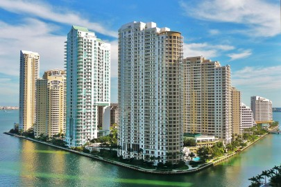 1280px-Brickell_Key_from_north_20100211