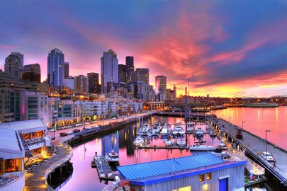 Seattle-skyline-across-Pier-66-waterfront