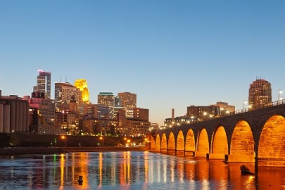 minneapolis-mn-stone-arch-bridge